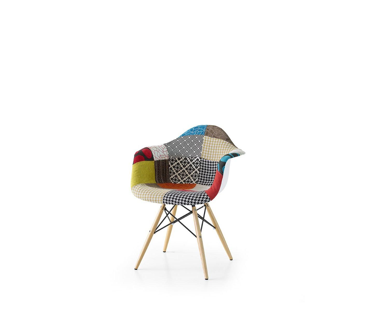 Sedia design in tessuto patchwork con gambe in legno di faggio for Gambe di legno