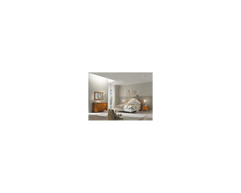 Camera matrimoniale legno massello letto imbottito como for Camera letto legno