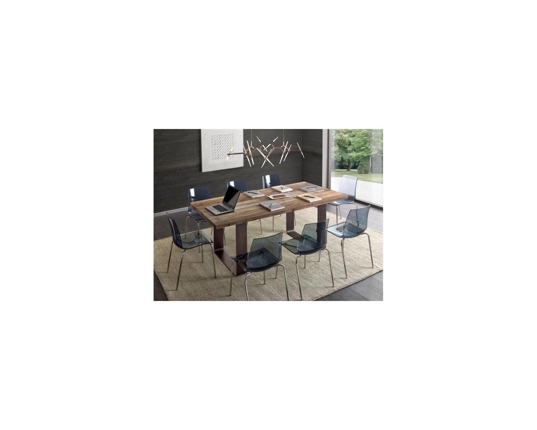 Tavolo design in legno massello rovere for Tavolo in legno design